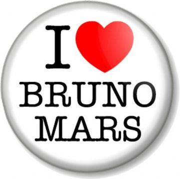 I Love / Heart BRUNO MARS Pin Button Badge Singer Songwriter Artist Pop Star Uptown Funk